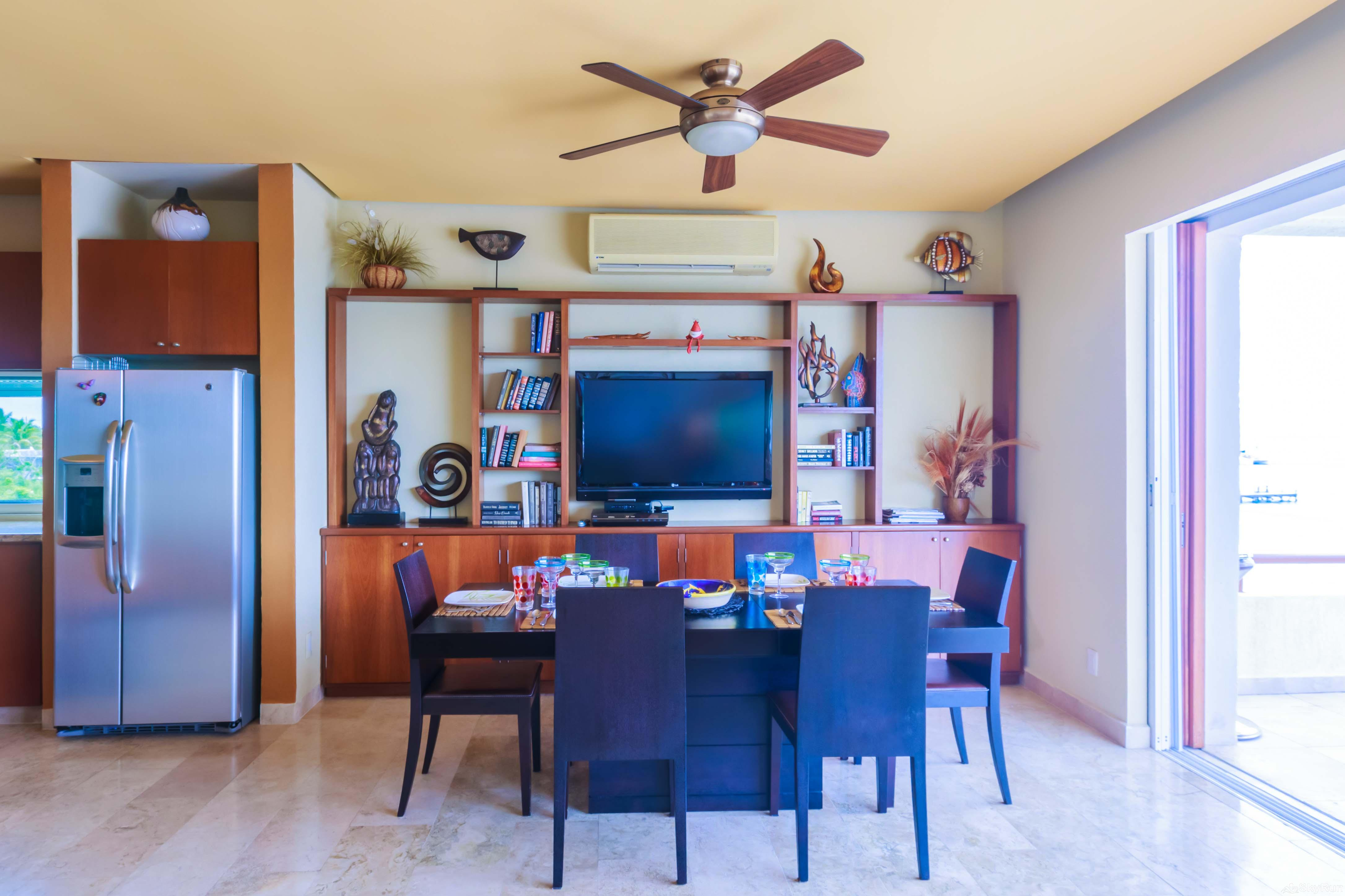 Coral Three Bedroom Oceanfront Residence Kitchen/formal dining area
